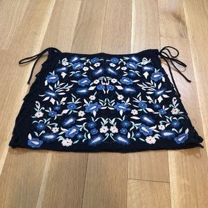 Zara navy floral cross-cross skirt size medium